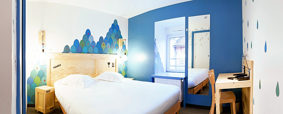 Hôtel strasbourg Chambre 304 Lit double tarif 100 € design par ...
